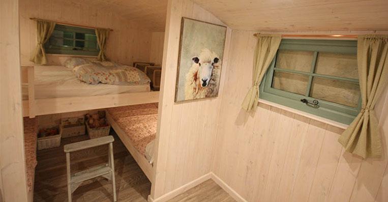High quality shepherd hut accommodation, near Framlingham